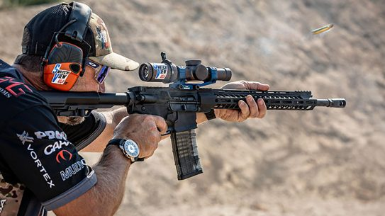 Caracal, Caracal Versus, Caracal Versus rifle, Caracal Versus rifle shooting