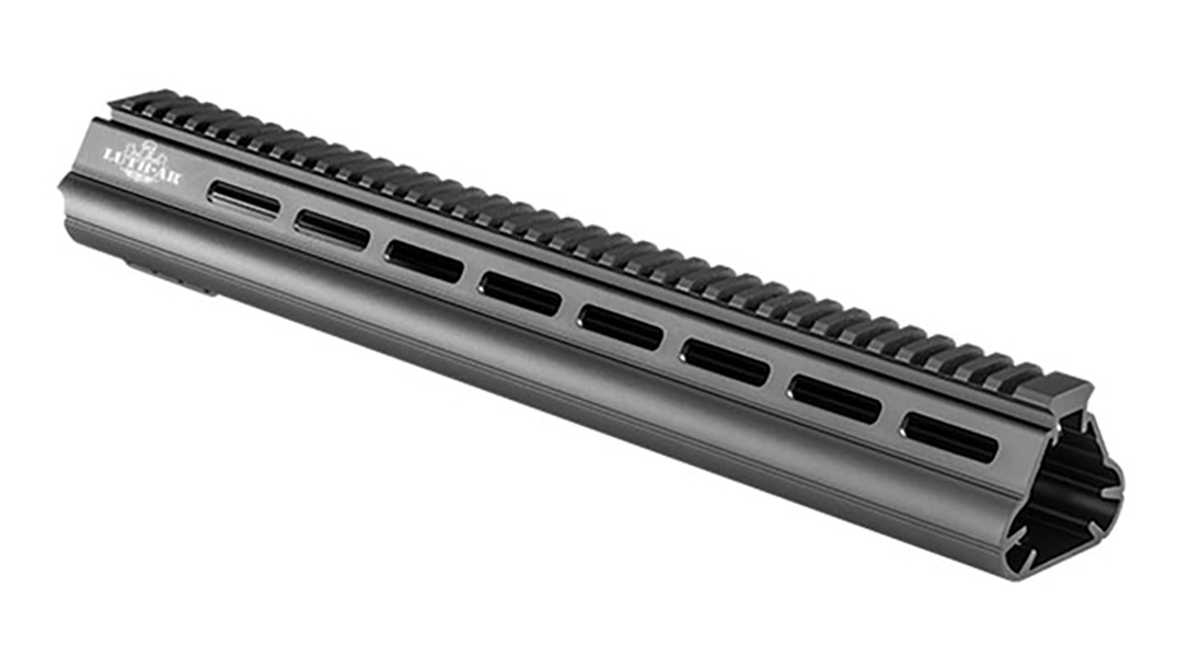 The Widebody Palm Handguard provides great stability.
