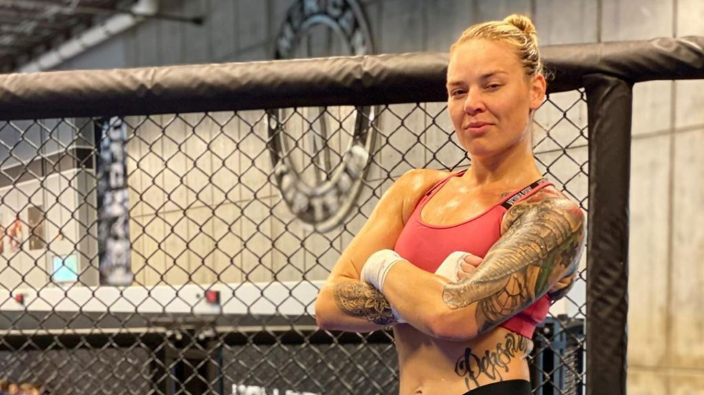 Kelsy De Santis continues to chase her dreams in the MMA ring.