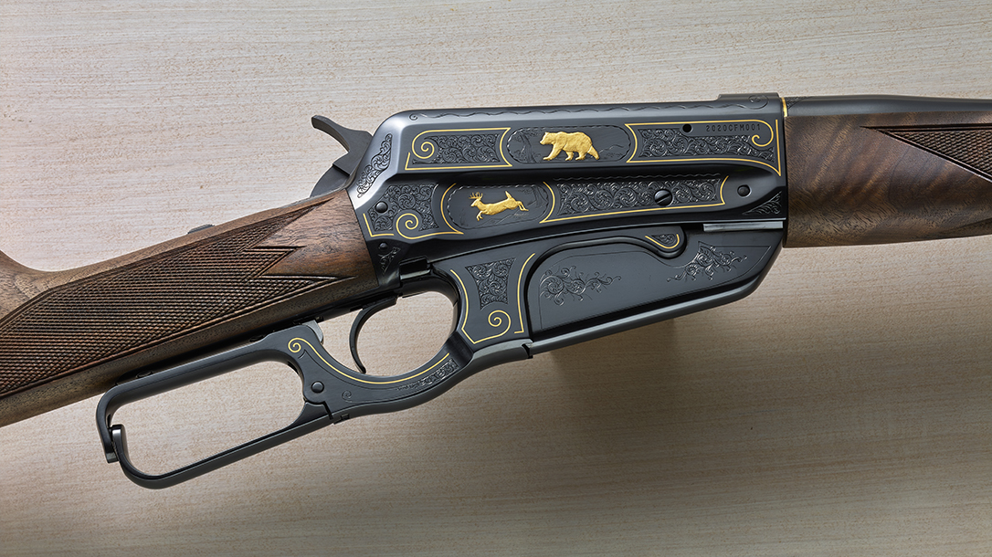 Proceeds from the auction of the Winchester Model 1895 benefit the Cody museum.