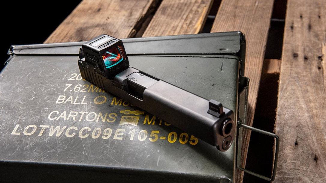 The Holosun Green LED tech improves target acquisition.